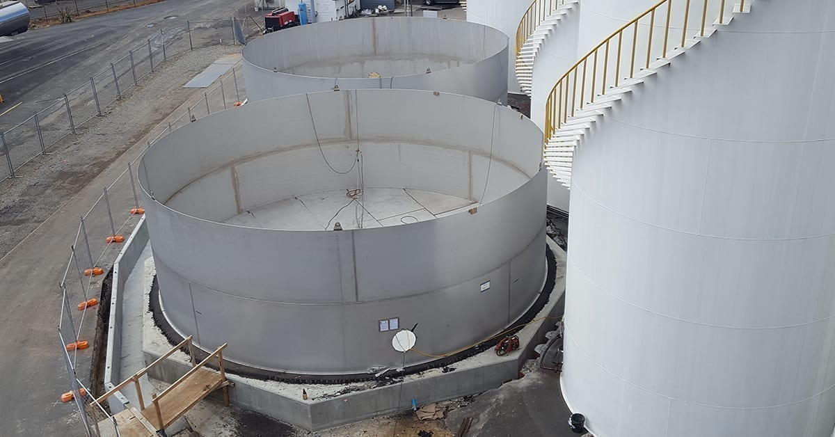 Stainless steel tank installation