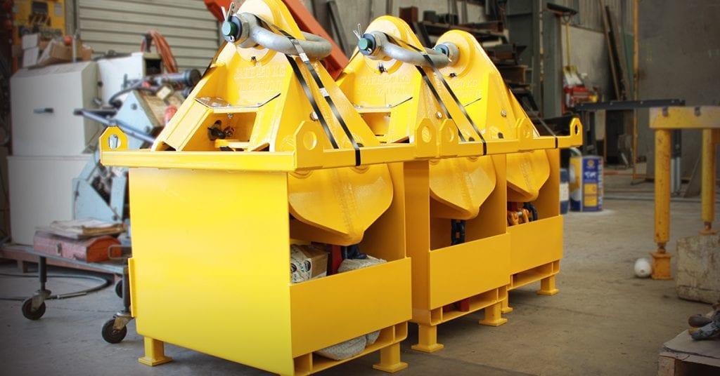 Port Equipment Page Macrae Loglifter - SR